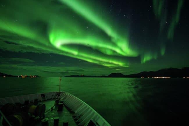 Já imaginou embarcar num cruzeiro para ver a aurora boreal? Ele existe!