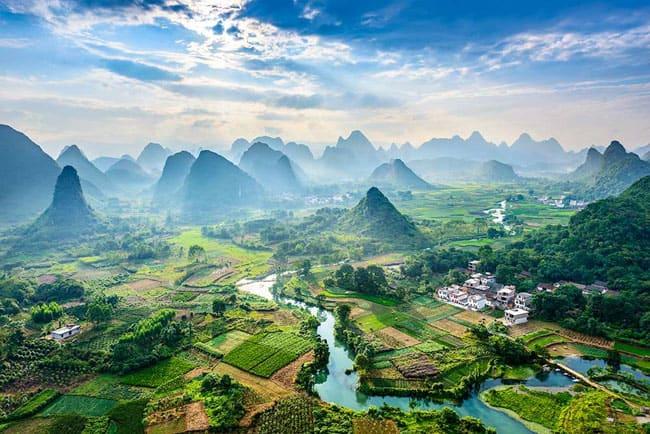 Surpreenda-se com a beleza exótica de Guilin, na China