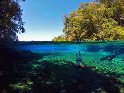 Onde encontrar águas cristalinas no Brasil para um mergulho perfeito