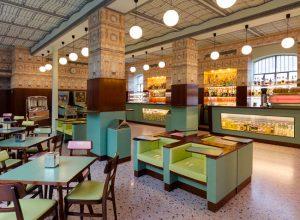 Projetado por Wes Anderson, Bar Luce abre ao público em Milão