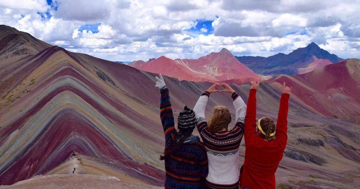 Montanhas Coloridas no Peru: surpreenda-se com essa maravilha na América do Sul