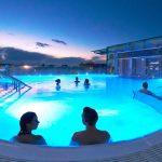 Cidade vizinha de Londres tem spa com piscina de águas termais no topo de um prédio