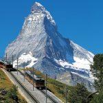 Que tal dar uma volta de trem em um dos países mais lindos do mundo?