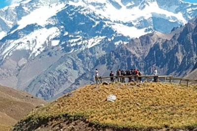 Day tour pela Cordilheira dos Andes (transporte + almoço)
