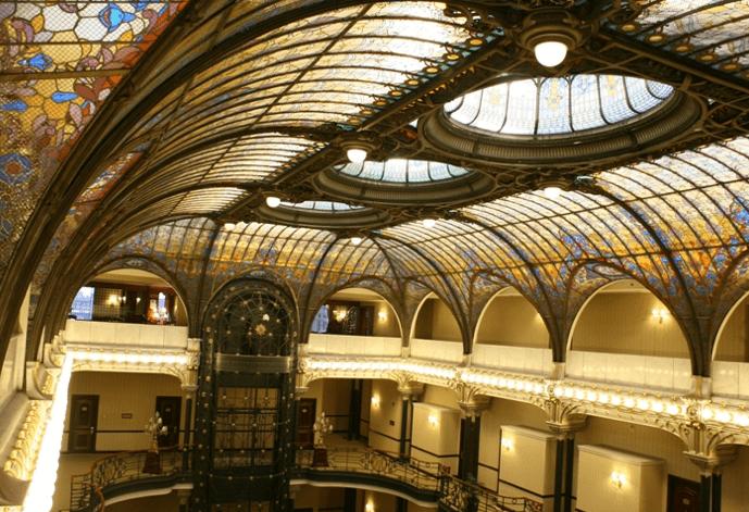 Com arquitetura impressionante, Gran Hotel Ciudad de Mexico reúne cinco séculos dehistória