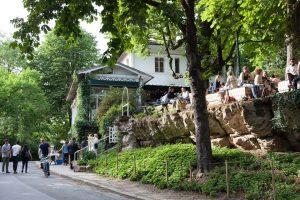 Parque em Paris reúne boas opções gastronômicas e eventos ao arlivre
