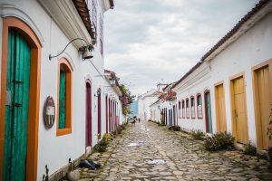 Paraty e a tradição cachaceira