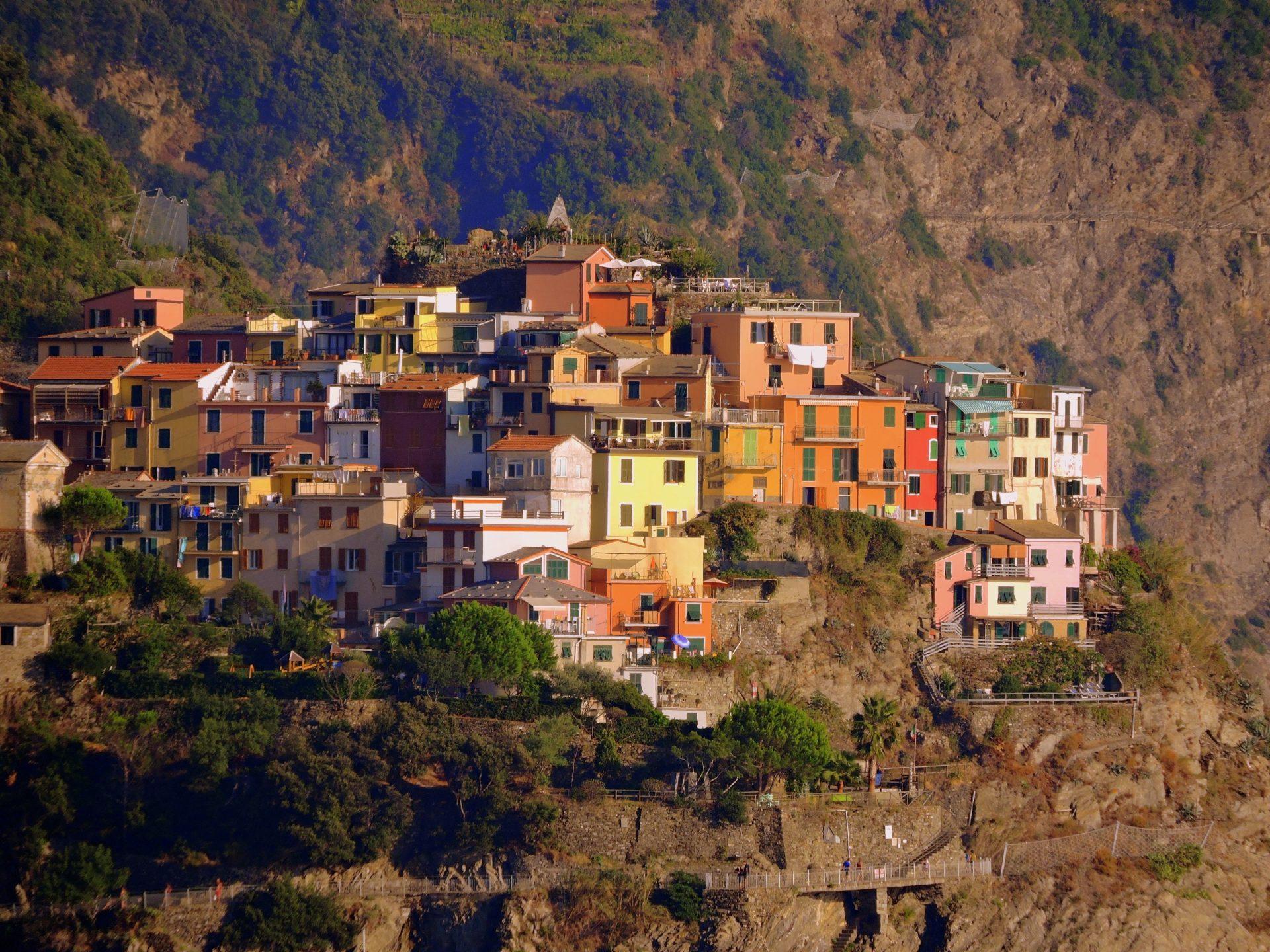 Cinque Terre é um dos principais destinos de verão da Itália
