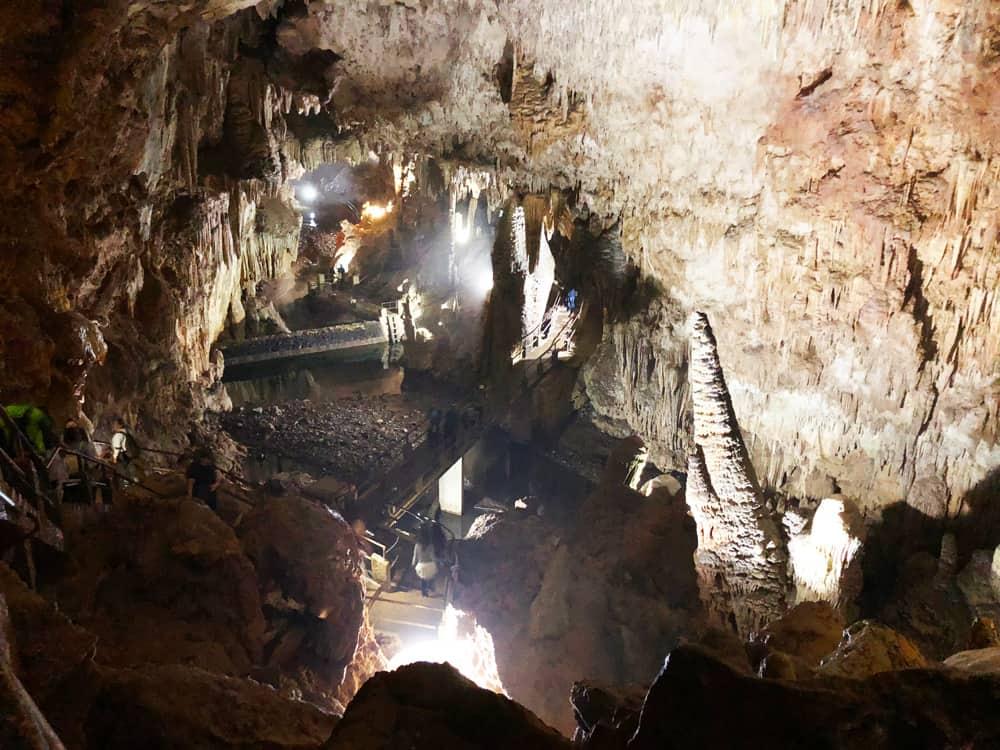 Conheça a Caverna do Diabo, a maior caverna do estado de São Paulo!