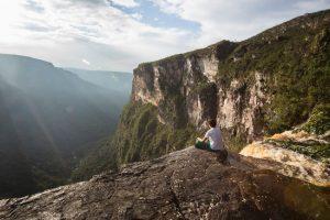 Nas montanhas do Amazonas, Serra do Aracá esconde a maior cachoeira do Brasil e paisagens idílicas