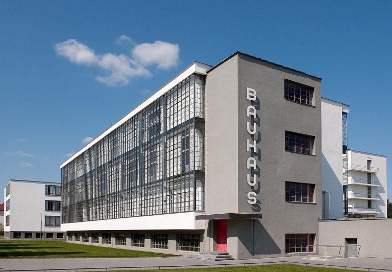 Icônica, Escola Bauhaus na Alemanha abre quartos para hospedagem
