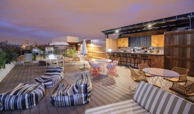 Com cara de hotel boutique, hostel em Paris tem quartos a partir de 17euros