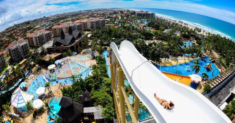Guia Beach Park: o que fazer para curtir um dia no parque aquático
