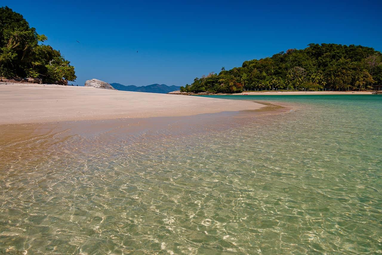 melhores praias em angra dos reis