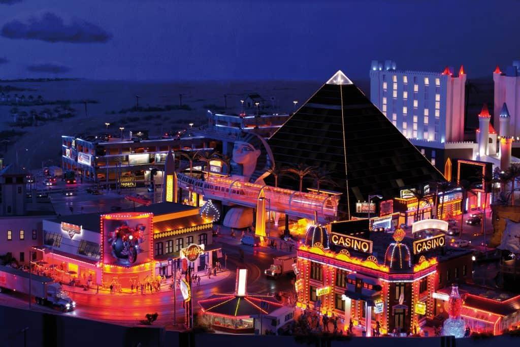 Conheça o Miniatur Wunderland em Hamburgo, o país das maravilhas em miniatura na Alemanha