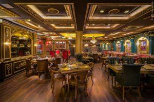 Restaurante em Gramado se inspira no Palácio Real do Reino Unido