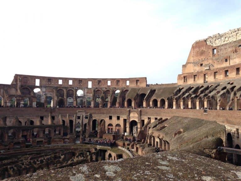 Compre passagem aérea para Roma 2022 antes que os preços aumentem!