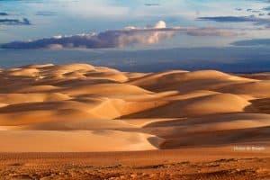Dunas do Rosado reúne sertão e mar em paisagens espetaculares do Rio Grande do Norte