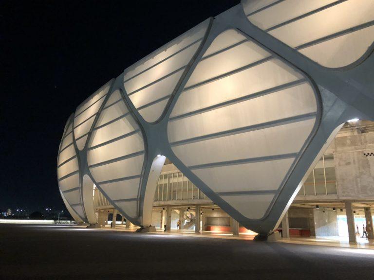 15 estádios de futebol para visitar pelo mundo durante sua viagem