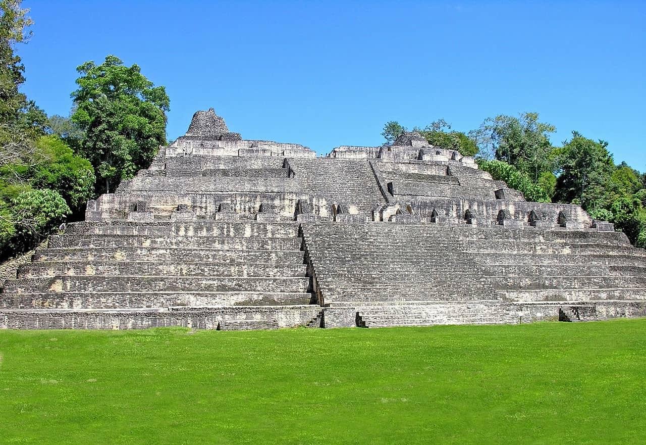 pirâmides na américa