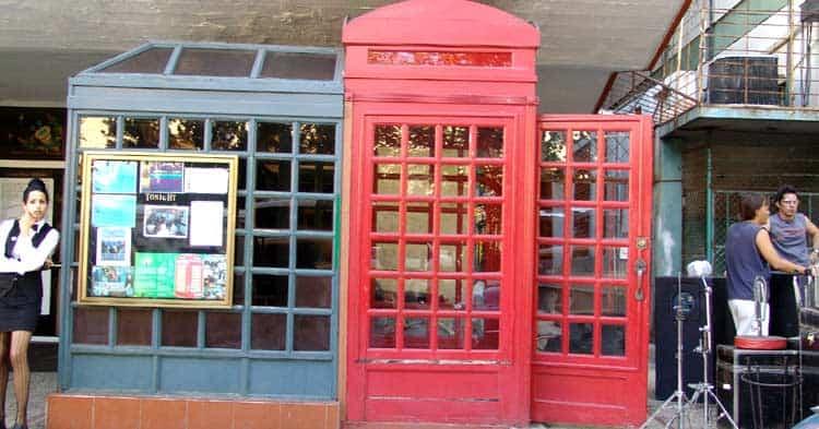 O melhor jazz de Havana fica numa cabine telefônica