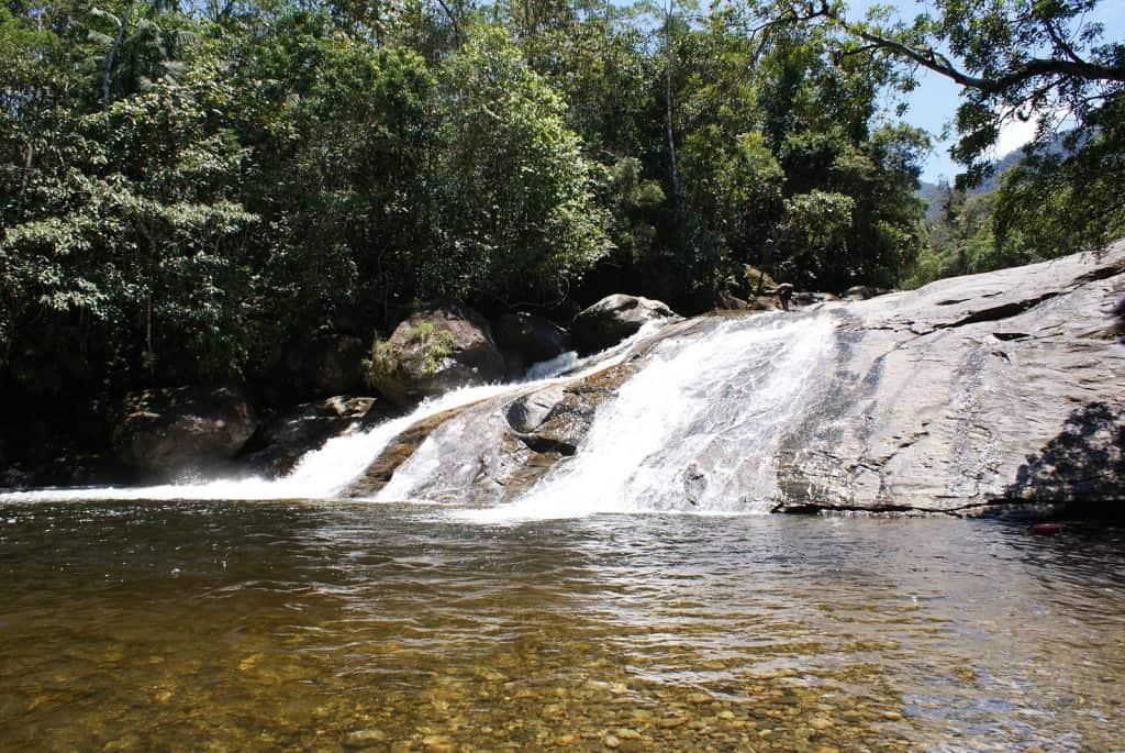 Conheça a Estação Ecológica Jureia-Itatins, recanto com cachoeiras, praias e trilhas em SP