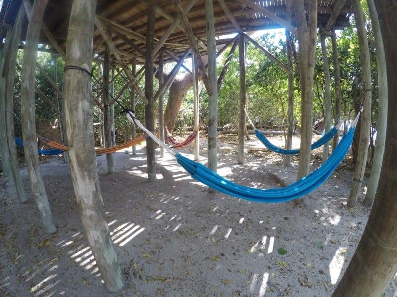 hostel em ilha paradisiaca