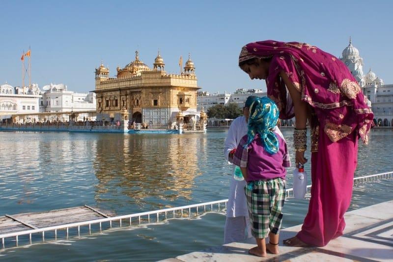 templo dourado na india