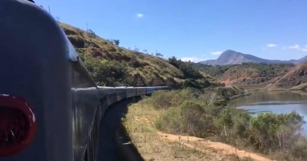 Trem Rio-Minas: trem turístico interestadual está prestes a fazer viagem