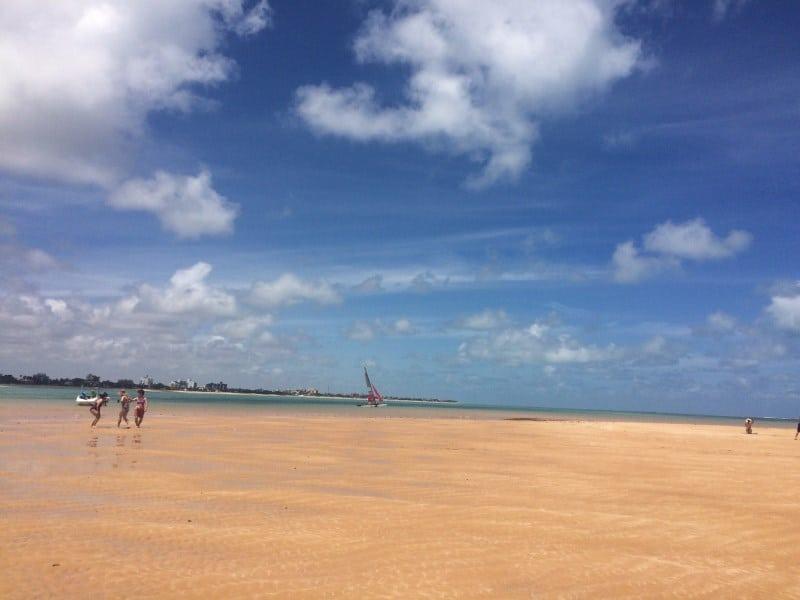 Mais um encanto na Paraíba: conheça a Ilha de Areia Vermelha, pertinho de João Pessoa
