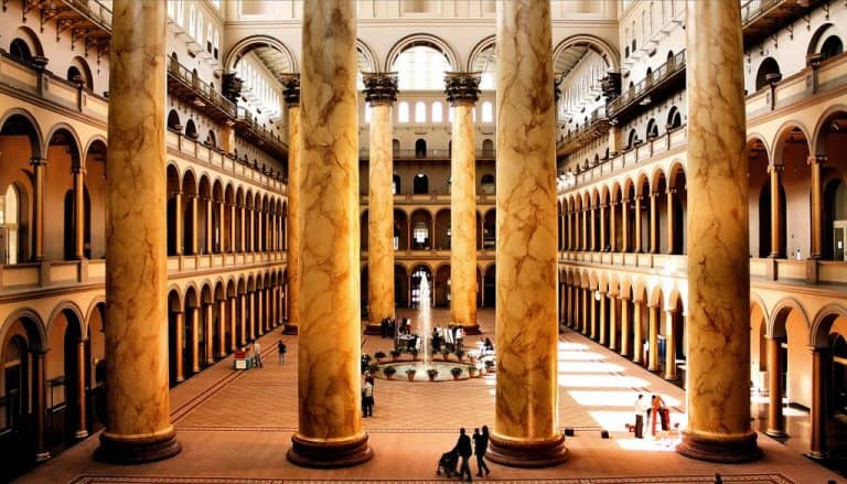 National Building Museum em Washington é destino perfeito para quem ama arquitetura