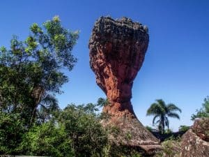 Quer fazer um passeio bate e volta de Curitiba com a família? Visite o Parque Estadual de Vila Velha