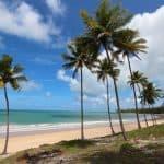 10 praias da Paraíba com águas calmas e quentinhas que você precisa conhecer