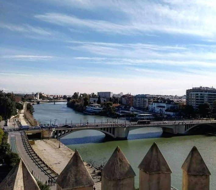 Roteiro pela Espanha: cinco regiões emblemáticas do país em uma única viagem