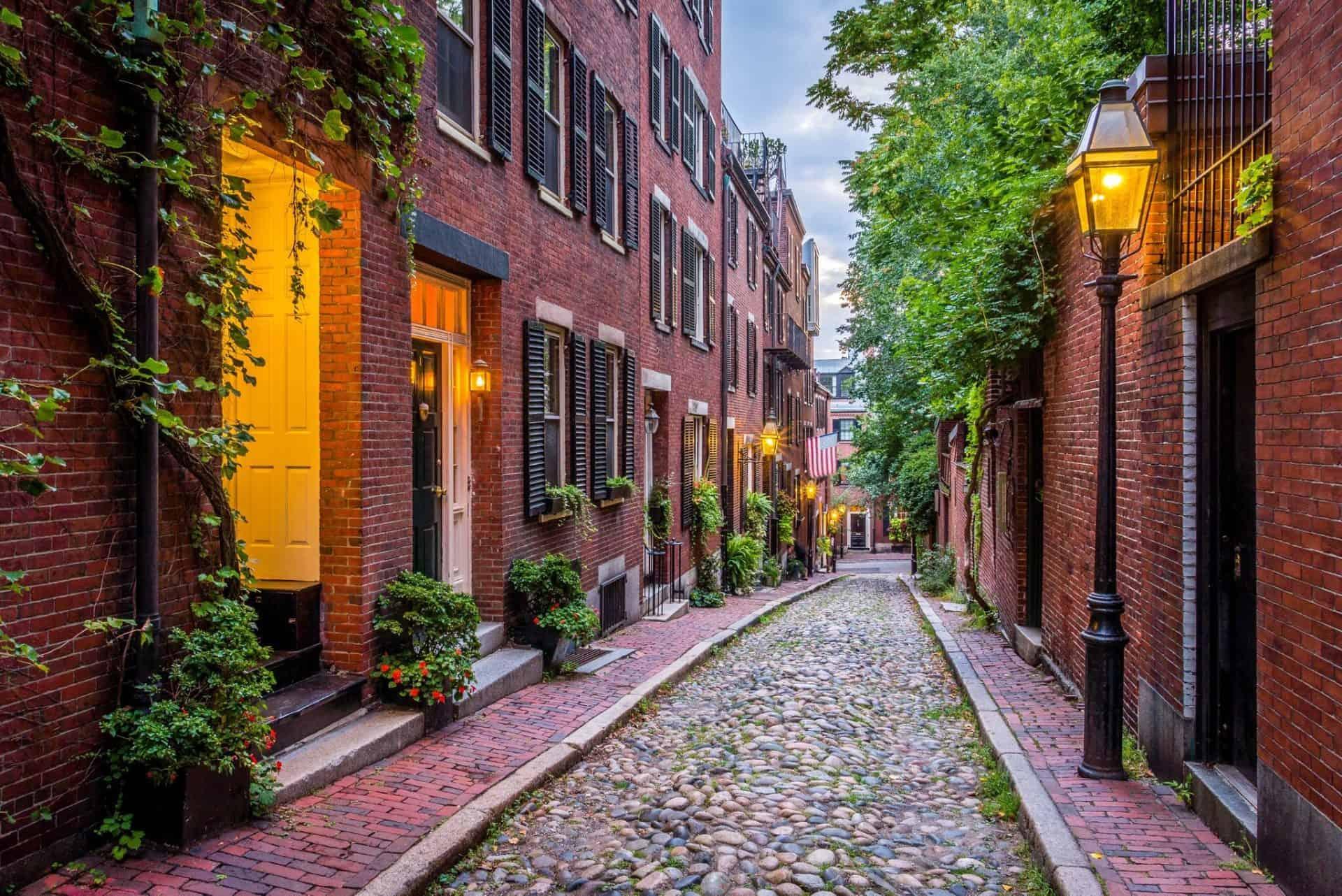 Perca-se nos encantos de Beacon Hill, o bairro histórico de Boston