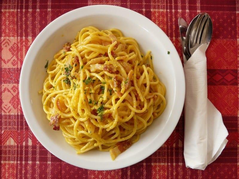 Top bebidas e comidas típicas da Itália que você precisa provar durante sua viagem