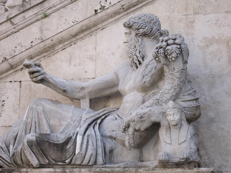 Estátua fotografada em Roma
