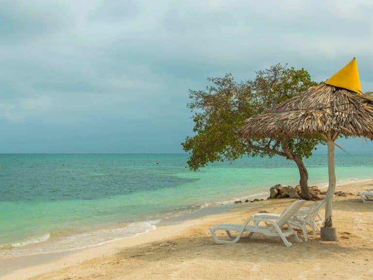 O Caribe como você nunca viu: surpreenda-se com a Isla Palma na Colômbia