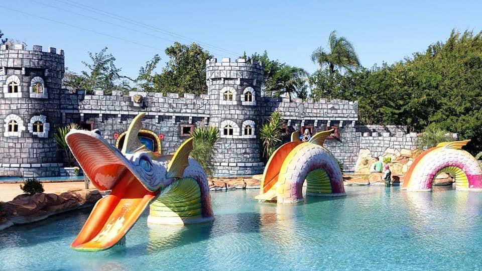 Parque Aquático Três Ilhas diverte famílias em Goiânia
