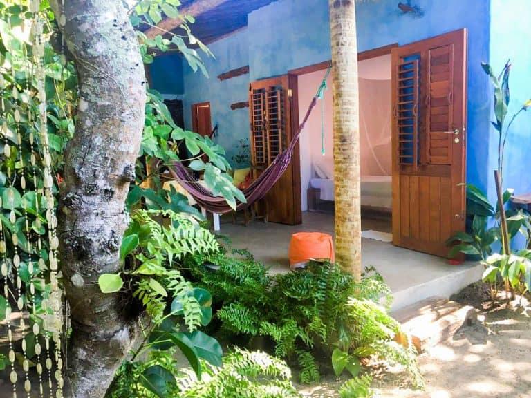 Hospedagem em Caraíva oferece spa e ducha no meio da natureza