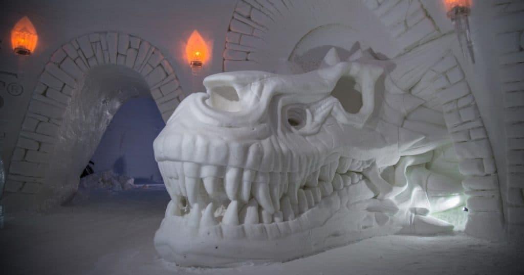 Hotel temático de Game of Thrones foi construído com neve e gelo na Finlândia
