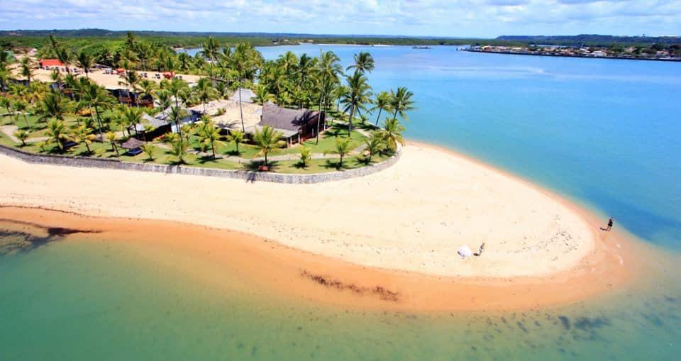 Descubra as melhores praias de Arraial D'Ajuda