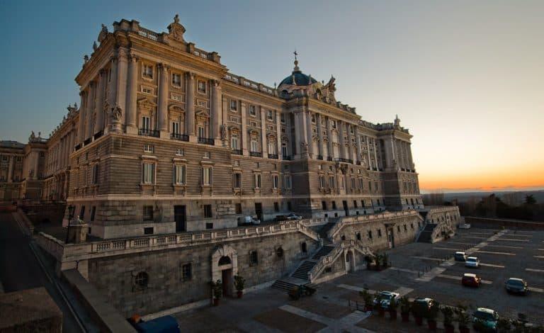 Palácio Real e Catedral de Madrid: a mistura perfeita de história e arquitetura