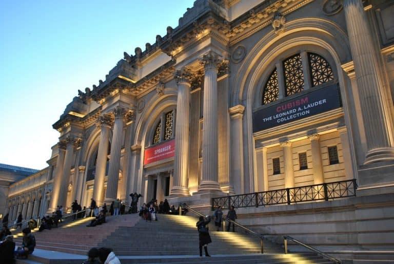 Metropolitan Museum of Art em Nova York tem peças da pré-história e contemporâneas sob o mesmo teto