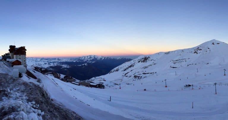 Vai para Santiago no inverno? Então, você precisa visitar o Valle Nevado