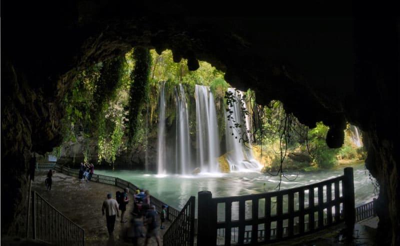 Antalya, a capital turística da Turquia que é um paraíso de férias