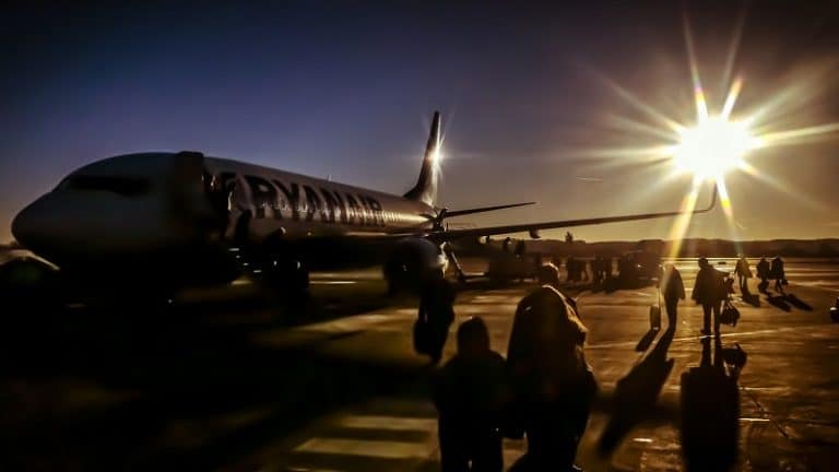 Guia prático para viajar com companhias aéreas low cost na Europa