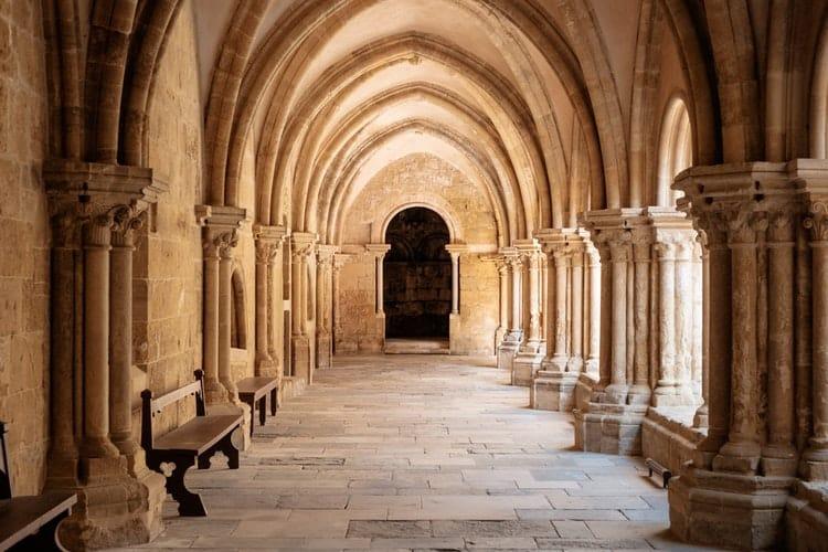 Roteiro por Portugal: conheça a 'Terrinha' de norte a sul