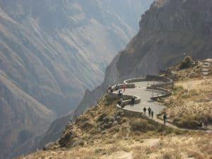 Peru além de Machu Picchu: conheça o exuberante Vale do Colca