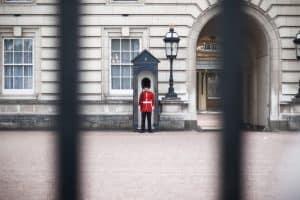 Palácio de Buckingham: a residência da família real em Londres